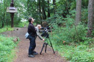 Kameraleute bei Dreharbeiten rbb